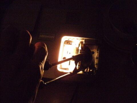 Schreibtischlampe im Beamerlampenfach